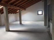 Immagine n14 - Sei appartamenti con quattro box e sette sottotetti - Asta 12424