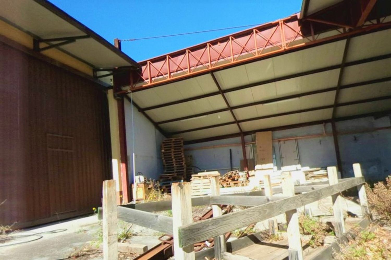 #12433 Capannone per magazzino con uffici grezzi in vendita - foto 2