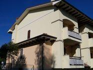 Immagine n0 - Appartamento con cantina e posto auto (int.6/6) - Asta 1244