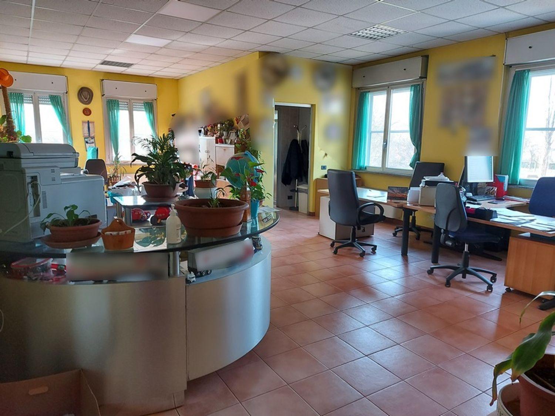 #12506 Capannone con uffici ed appartamento in vendita - foto 11