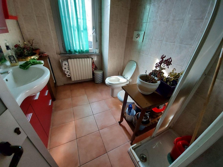 #12506 Capannone con uffici ed appartamento in vendita - foto 12