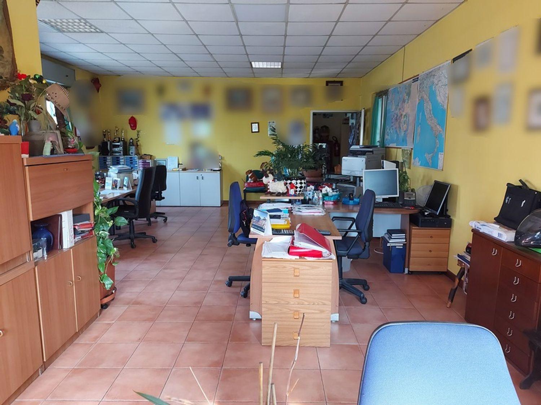 #12506 Capannone con uffici ed appartamento in vendita - foto 13