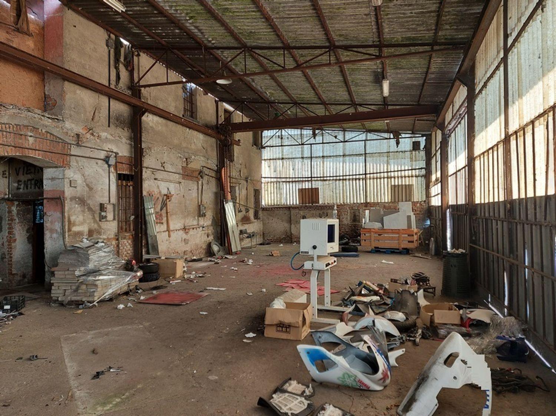 #12507 Quota di 1/2 di laboratorio-magazzino in vendita - foto 5