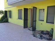 Immagine n0 - Appartamento con cortile (sub 6) e box auto - Asta 1251
