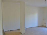 Immagine n1 - Appartamento al piano primo (sub 9) e box auto - Asta 1252