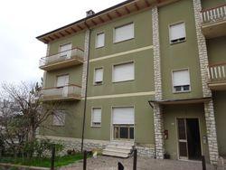 Appartamento con garage, negozio e deposito - Lotto 12533 (Asta 12533)