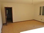 Immagine n3 - Appartamento al piano primo (sub 10) e box auto - Asta 1254