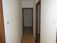 Immagine n4 - Appartamento al piano primo (sub 10) e box auto - Asta 1254
