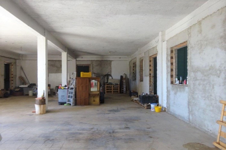 #12540 Laboratorio artigianale e magazzino rustico in vendita - foto 2