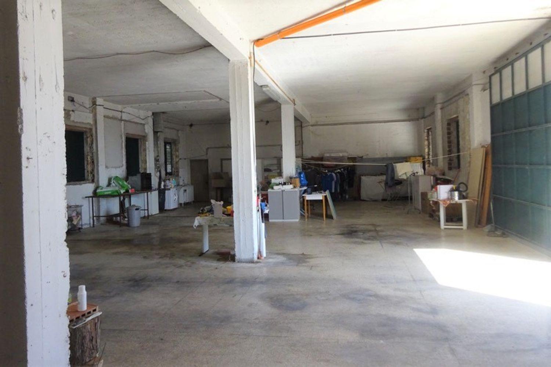 #12540 Laboratorio artigianale e magazzino rustico in vendita - foto 5