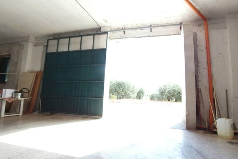 #12540 Laboratorio artigianale e magazzino rustico in vendita - foto 6