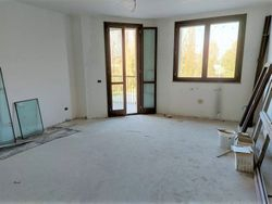 Apartment in an advanced raw state with cellar and garage Sub.        - Lot 12630 (Auction 12630)