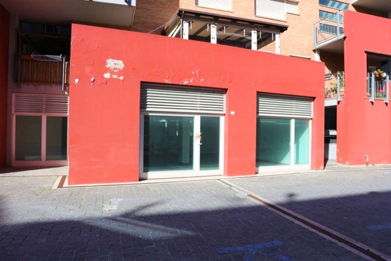 #12643 Negozio (sub 477) vicino centro storico in vendita - foto 1
