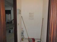 Immagine n3 - Share half of the ground floor shop - Asta 1265