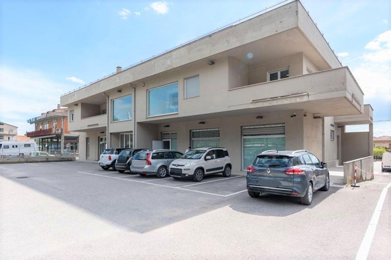 #12667 Edificio produttivo con impianto fotovoltaico in vendita - foto 1