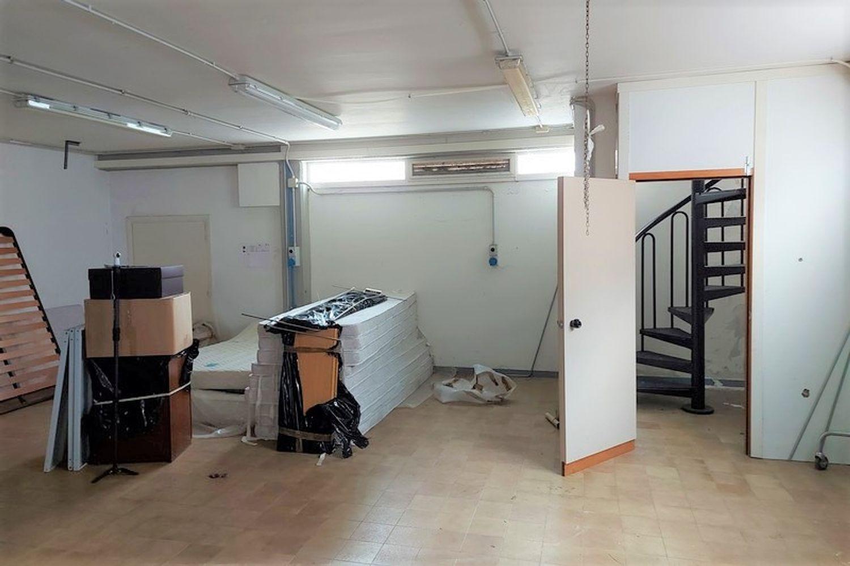 #12668 Negozio e pertinenze in edificio residenziale in vendita - foto 7