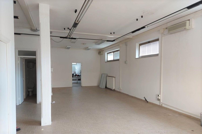 #12668 Negozio e pertinenze in edificio residenziale in vendita - foto 8