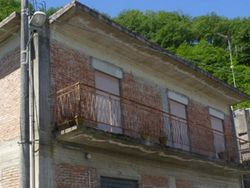 Apartment on the first floor of a rural building - Lot 1267 (Auction 1267)