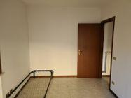 Immagine n7 - Trilocale al piano terra con garage - Asta 12713