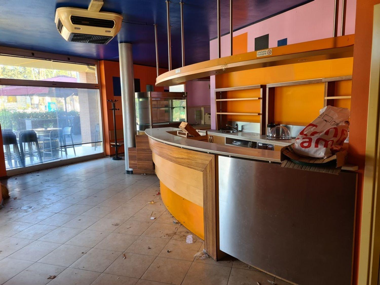 #12716 Negozio al piano terra con cantina in vendita - foto 2