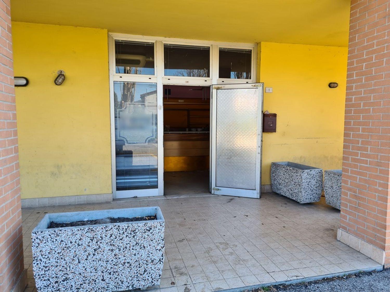#12716 Negozio al piano terra con cantina in vendita - foto 7