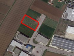 Artisanal building land of  ,    square meters - Lot 12717 (Auction 12717)