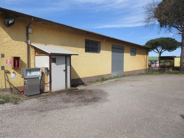 #12765 Magazzino con pertinenze in vendita - foto 11