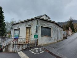 Office with warehouse and garage - Lote 12781 (Subasta 12781)