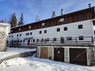Immagine n0 - Former guesthouse accommodation in a tourist area - Asta 12793