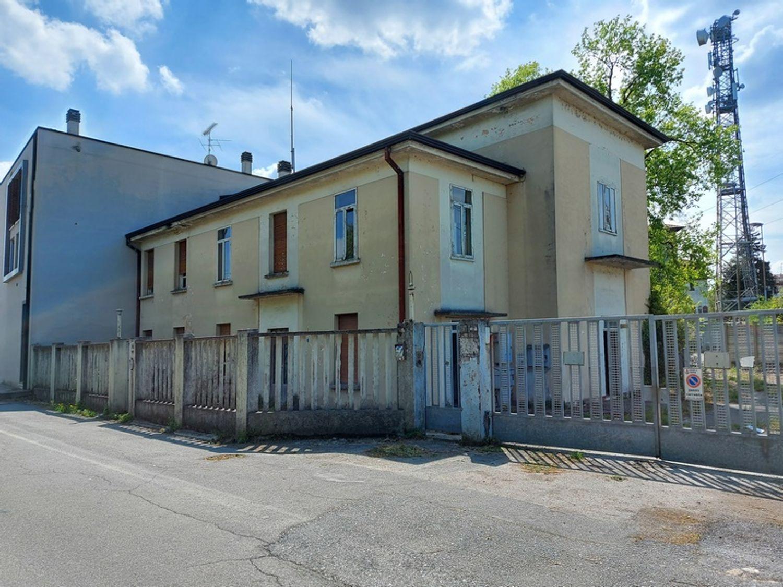#12829 Complesso immobiliare da riqualificare in vendita - foto 2