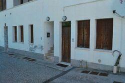 Appartamento con ingresso indipendente e pertinenze