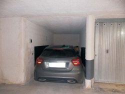 Locale deposito ad uso garage