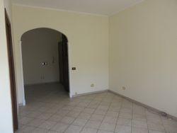 Appartamento con ampio terrazzo - Lotto 12905 (Asta 12905)