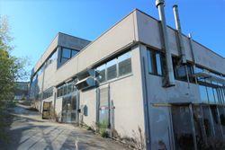 Laboratorio al piano seminterrato con uffici - Lotto 12917 (Asta 12917)