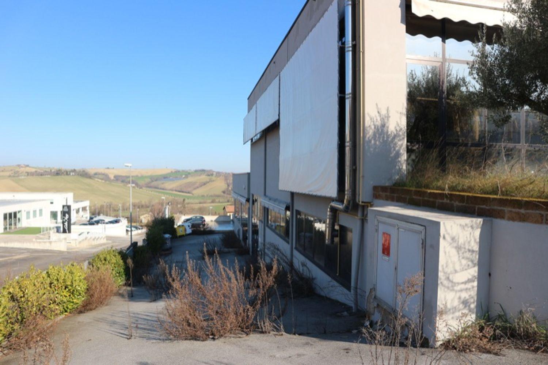 #12917 Laboratorio al piano seminterrato con uffici in vendita - foto 5