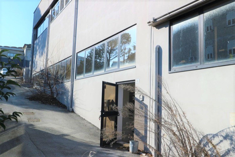#12917 Laboratorio al piano seminterrato con uffici in vendita - foto 10