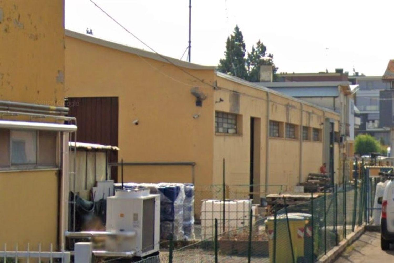 #12994 Capannone industriale con impianto fotovoltaico in vendita - foto 2