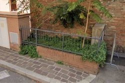 Small fenced urban area in the city center - Lot 13025 (Auction 13025)