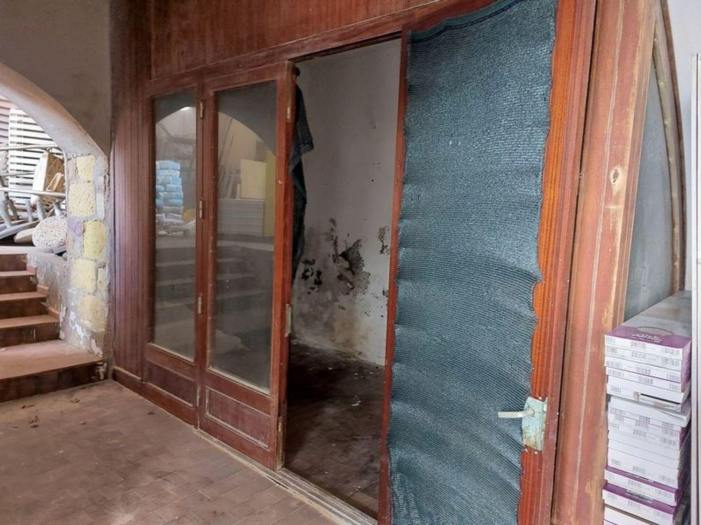 #13033 Tre locali uso negozio su isola turistica in vendita - foto 8