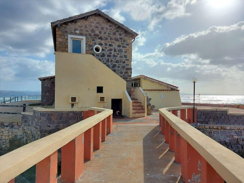 #13034 Locali per ristorazione su isola turistica in vendita - foto 1