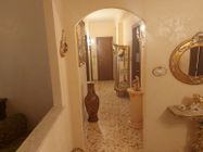 Immagine n2 - Large apartment in the central area - Asta 13038