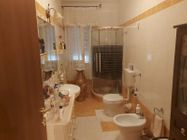 Immagine n9 - Large apartment in the central area - Asta 13038