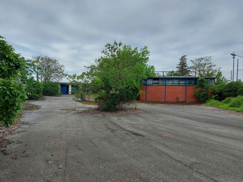 #13071 Complesso immobiliare con area di pertinenza annessa in vendita - foto 16