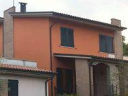 Immagine n0 - Appartamento grezzo, garage e posto auto - Asta 1308