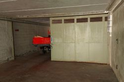 Large garage in a residential complex - Lot 13128 (Auction 13128)