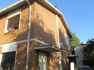 Immagine n2 - Casa unifamiliare con magazzino - Asta 1314