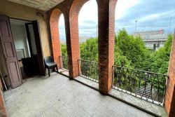 Ampio appartamento con terrazzo coperto
