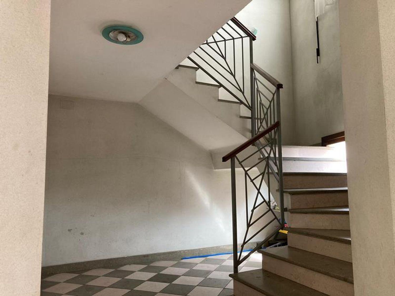 #13178 Locale commerciale con due appartamenti e pertinenze in vendita - foto 6