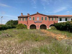 Restaurant with inn and garden - Lot 13179 (Auction 13179)