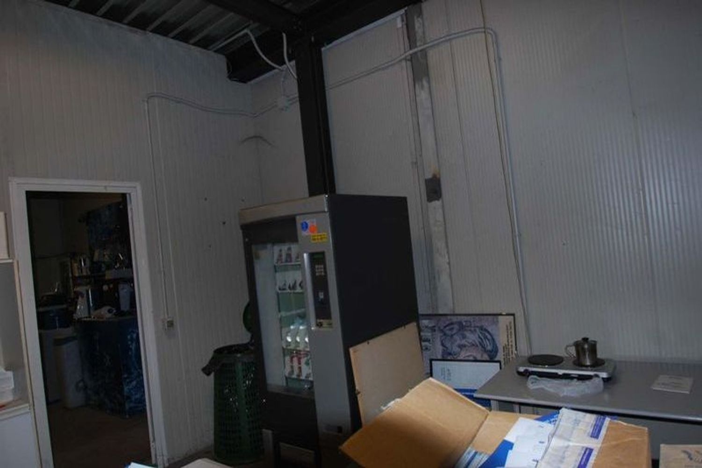 #13183 Capannone con uffici, impianto fotovoltaico e beni mobili in vendita - foto 7